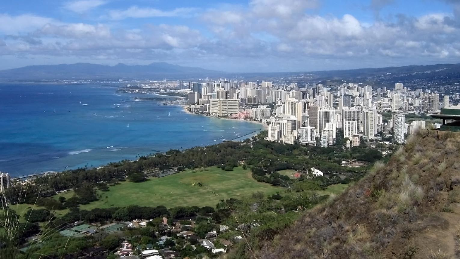View from Diamond Head summit.