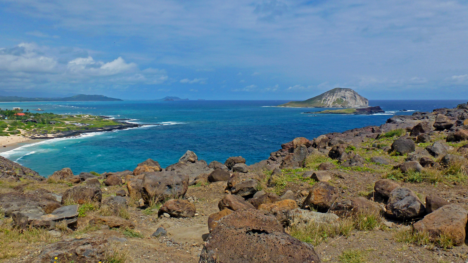 Rabbit Island and Black Rock off of Makapu'u Point, one of the more prominent islands off Oahu.